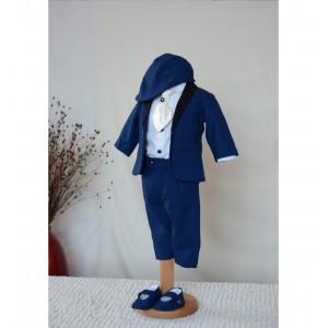 Costum de botez baiat toamna-iarna cu stofa albastra DIODORE, 6 piese