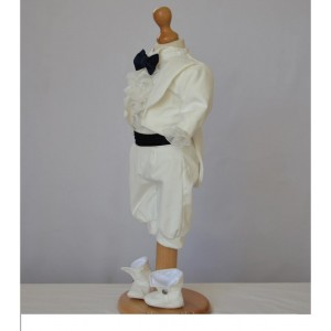 Costumas de botez alb-ivoire baiat toamna-iarna CHARLES, din catifea ivoire, 6 piese, dvb39