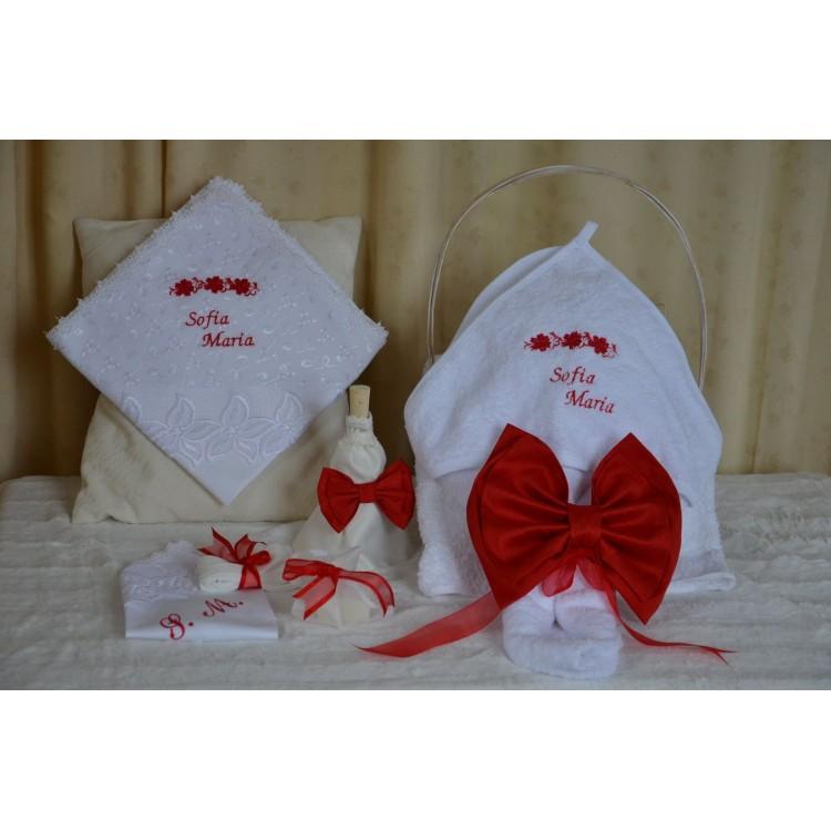 Trusou botez biserica fetita Floricele rosii si catifea rosie, 7 piese, Red Flower