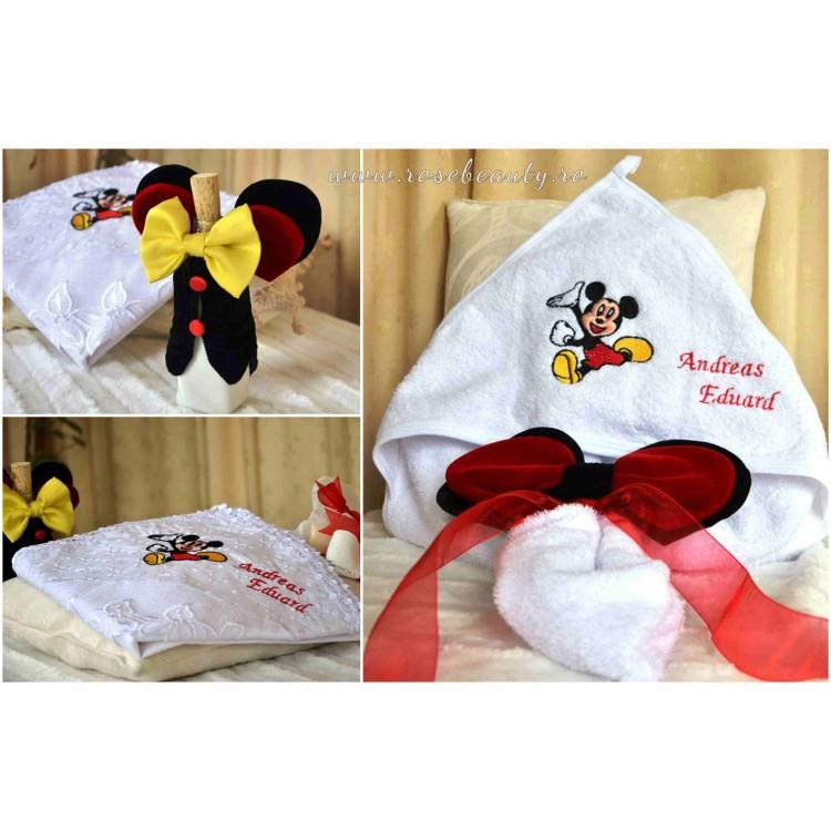 Trusou botez baiat brodat cu tema Mickey Mouse, 7 piese, cvt32